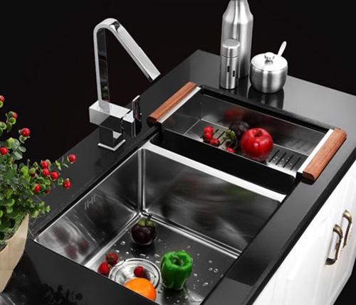 注重厨房水槽清洁维护 避免不必要的麻烦发生