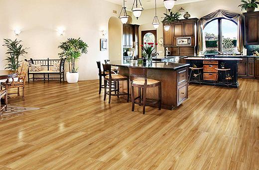 好地板需要好保养 那么如何保养地板