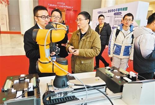 """2019年中国机器人市场出现""""急刹车"""" 未来前景可期"""