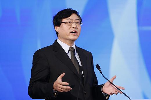 杨元庆:常程离职没影响,联想手机有信心打好翻身仗