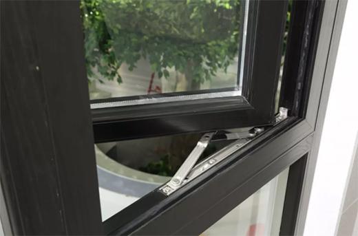 利凯城门窗:用时间述说品质,用品质延续传承