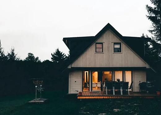 索将门业为您打造一个更安全舒适的家