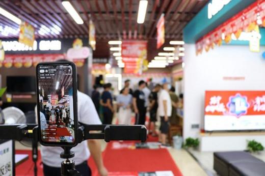 """苏宁零售云渠道年增长超1100%,腰部品牌找到增长""""确定性"""""""